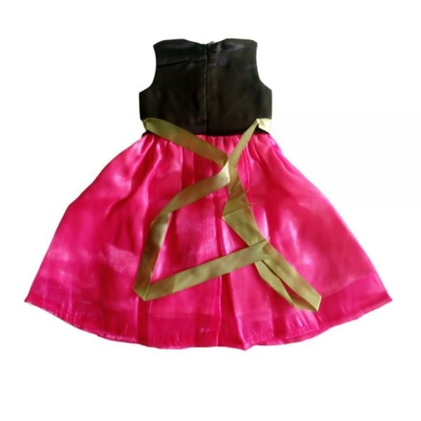 back of the doll dress